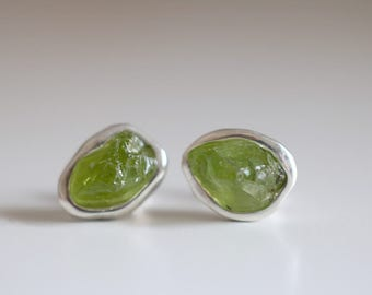 Peridot earrings. Sterling silver earrings with raw Peridot. Rough Peridot studs, green studs, Raw stone studs, raw Peridot earrings.
