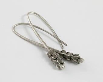 Vertebrae Jewelry - Spine - Bones Jewelry - Bone Earrings - Vertebrae Earrings - Skeleton Jewelry - Goth Earrings - Anatomy Earrings