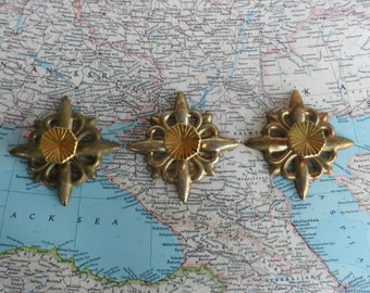 SALE! 3 mid century brass knobs w/ coordinating metal trimplates