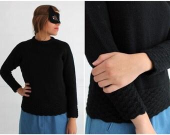 Vintage 1950s/1960s Black Knit Crewneck 100% Wool Raglan Sleeve Sweater by Roos/Atkins | Medium