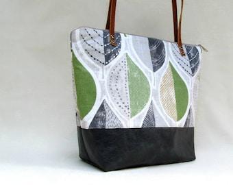 Sara Shoulder Bag // Ipad Bag // Large Handbag // Spring Fashion Handbag // Leaves