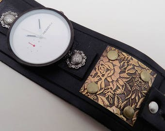 SALE...Steampunk wirst watch. Steampunk watch. . Cuff watch.