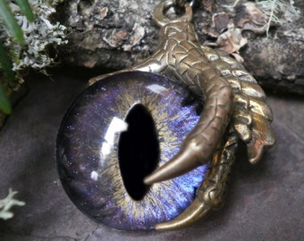 Gothic Steampunk Single Claw Pendant with Multicolor Colorshift Purple Eye