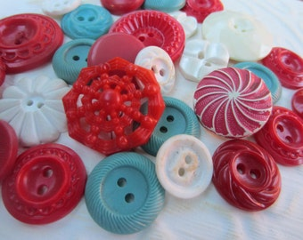 Vintage Buttons - Cottage chic mix of blue, and red lot of 27 old and sweet( oct 133)