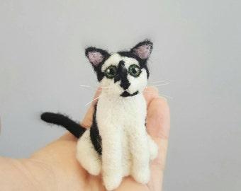 Black and white cat ornament,  Custom cat portrait, Cat memorial, Custom cat ornament, Cat lover gift