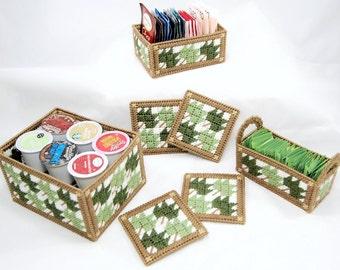 PATTERN: Maple Leaf Kitchen Set in Plastic Canvas