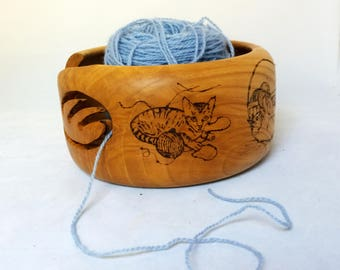 Knittiing Yarn Bowl with Kitties Decorating and Playing