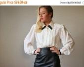 ON SALE 1980s Tuxedo Blouse >>> Size Medium