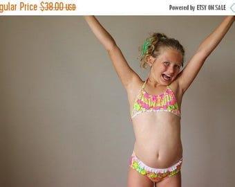 25% OFF SALE NOS, 1970s Tropical Ruffle Bikini >>> Size 10/12 Girls