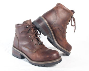 VTG 90's Brown Leather Hiking Boots size 6 1/2 Womens Ankle High Lace Up Booties Walking Forest Boots