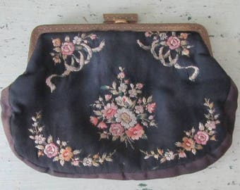 Shall We Dance - Sweet Vintage Embroidered Evening Bag - 1950's