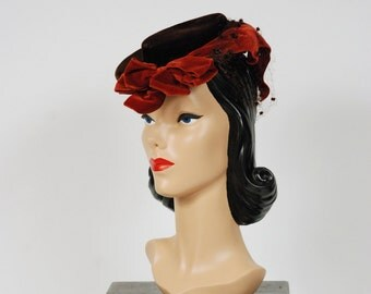 Vintage 1940s Hat - Fantastic Velvet 40s Tilt Hat with Asymmetric Rust Collored Bow and Dotted Veiling at Back