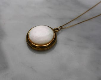 ANTIQUE EDWARDIAN SHELL mother of pearl 12k gold filled locket charm pendant circa 1910s