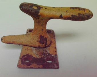 UNIQUE Vintage Cleat Wall Hook Vintage Industrial Salvage Steampunk Rusty Yellow Chipped Paint