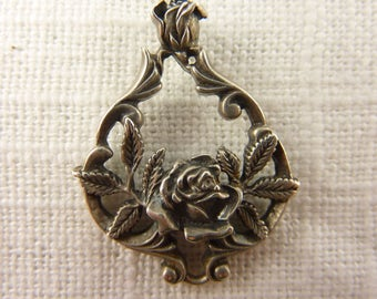 Vintage Sterling Franklin Mint Rose Pendant