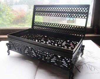 Vintage Pierced Metal Tissue Box Holder * Black Bathroom Decor * Ornate Kleenex Box * Regency * Galactic * Italian Decor * 1960's Metal Box