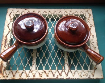 Set of 2 Clay French Onion Soup Crocks with Handles and Lids- Vintage Brown Drip Chili/soup bowls
