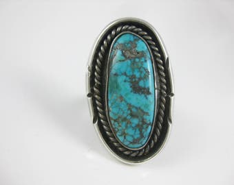 Size 6 Vintage Large Oval Turquoise Sterling Silver Ring with Wire Border