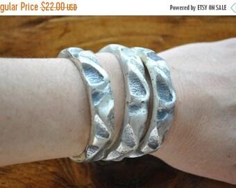 SALE 50% OFF Pewter Bracelet SET / 3 silver bangles / ethnic fetival / 1970s