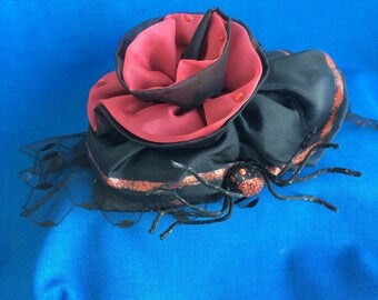 Fabulous Red and Black Spider Hat Fancy Dress Party, Halloween, Goth, Steampunk, 80's Party Fun Ladies Fashion Clothing Accessory