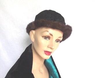 Sale 50s Hat Vintage 1950s Persian Lamb Hat Fur Trim Sz XS