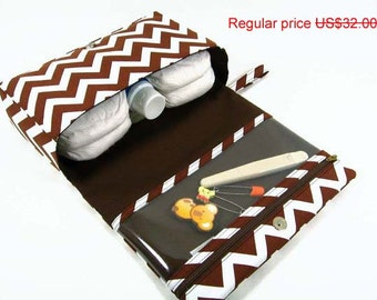 ON SALE Brown chevron diaper bag organizer, baby gift ideas, nappy bag, diaper clutch with clear zipper pouch