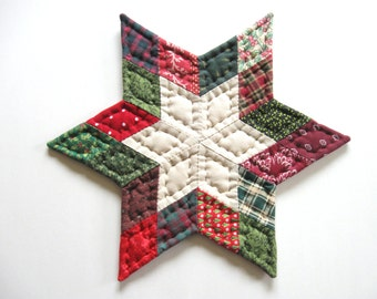Christmas Decorations Star Quilted Table Mat Quilted Table Topper Quilted Candle Mat Rustic Country Home Decor Farmhouse Decor Primitive