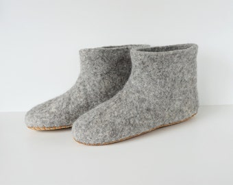 Felted booties-felt wool slippers-men slippers-women slippers- felted slippers-natural slippers-grey natural eco wool-Valentine day gift