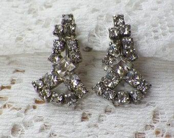 Vintage Silver Tone Metal Dangling Clear Rhinestone Screw Back Earrings, Rhinestones, Bride / Bridal / Wedding, Evening