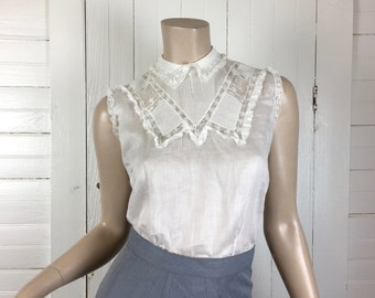 50s Cotton Blouse in Delicate Ivory- Sheer Lace- 1950s Back Buttons- Small- White