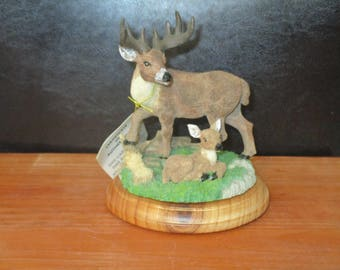 Big Buck Deer with Baby Fawn Desktop Figurine Resin Wildlife Jaimy  Sculptor North Country Collectible