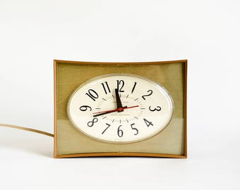 Vintage 1950s 60s General Electric Wall Clock Model 2130 VGC Working / Retro Mid Century Brown Green Fois Bois Wood Sweeping Second Hand