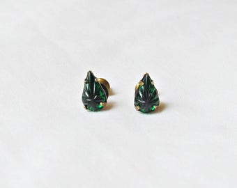 Emerald Green Earrings Ear Studs Vintage Crystal Teardrop Pear. Glam It Up Jewellery dspdavey Jewelry. Cute Small Miniature Starburst Star