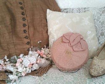 pink pillbox hat, blush pink hat, vintage pink hat, 80s does 50s hat, 1880s look hat, pink vintage hat, pink hat net