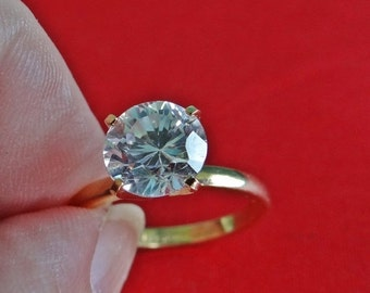 20% off sale LIND signed Vintage gold tone  size 5.75  solitaire ring with super sparkly rhinestone in great condition