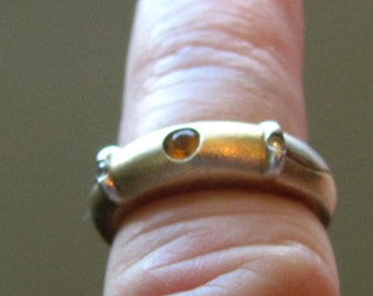 Vintage Unusual Size 7 Sterling Silver Ring with Small Cut Inset Citrine with two small Diamonds