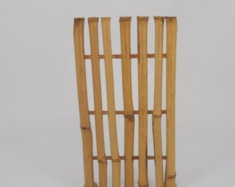 Bamboo stand divider