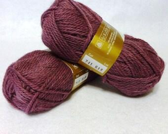 Stash Sale - Peruvian Highland Wool, Wool Yarn, Lilac Wool Yarn, Highland Wool, Elann Peruvian Highland Wool, Sale Yarn - 2 skeins