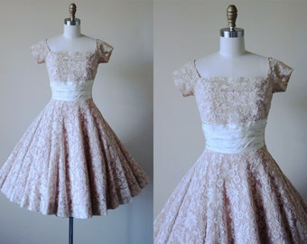 1950s Dress - Vintage 50s Dress - Bone Embroidered Mesh Blush Taffeta Full Skirt Designer Party Dress S - Pirouette Dress