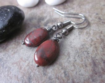 Deep Red Gemstone Earrings. Minimalist Natural Brecciated Jasper Oval Earrings in Gunmetal. Sophisticated, Simple, Versatile, Bridesmaid