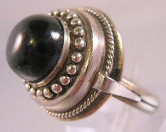 SALE ON Ends 4/30 Vintage Alpaca or Nickel Silver Black Dome Ring Size 9