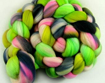 Dayglo 2 merino wool top for spinning and felting (4 ounces)