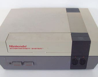 Nintendo Entertainment System Console For Parts Not Working NES Classic Retro Video Game