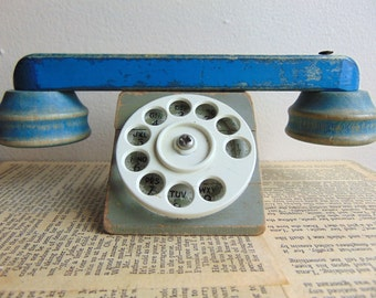 Vintage Wooden Primitive Toy Rotary Dial Telephone