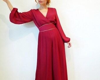 1960s Jumpsuit Miss Elliette Pleated Maroon Cocktail Party Evevning jumpsuit dress Size M