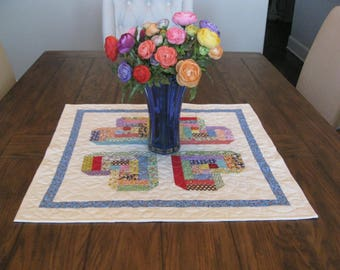Log Cabin Hearts Quilted Table Topper