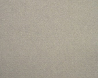 100% Wool Felt 20cm x 30cm 1mm thick - DF38 MediumGrey