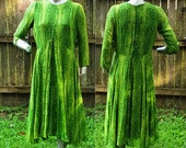 60s Dress in Green, Vintage Dress, Bohemian Dress with Long Sleeves / Green Dress / Spring Dress Size 10