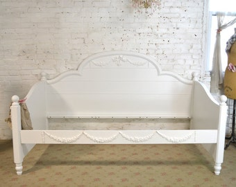 French Bed Painted Cottage Romantic French Daybed