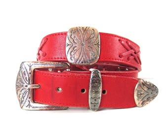 Vintage Red Weathered and Worn Western Belt by Brighton // Size Small